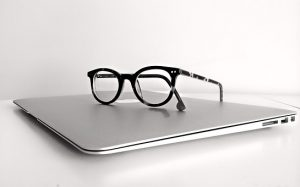 Laptop w-Glasses